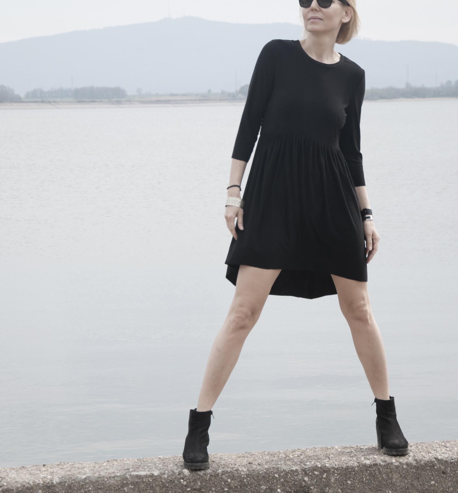 sukienka elfa black