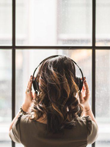 Jakiej muzyki słuchają Polscy Projektanci?
