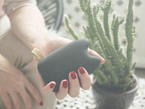 Powerbank CREATTACK w kształcie sowy, do ładowania telefonu.