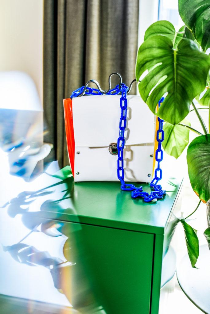 Transparentne torebki - z czym je nosic